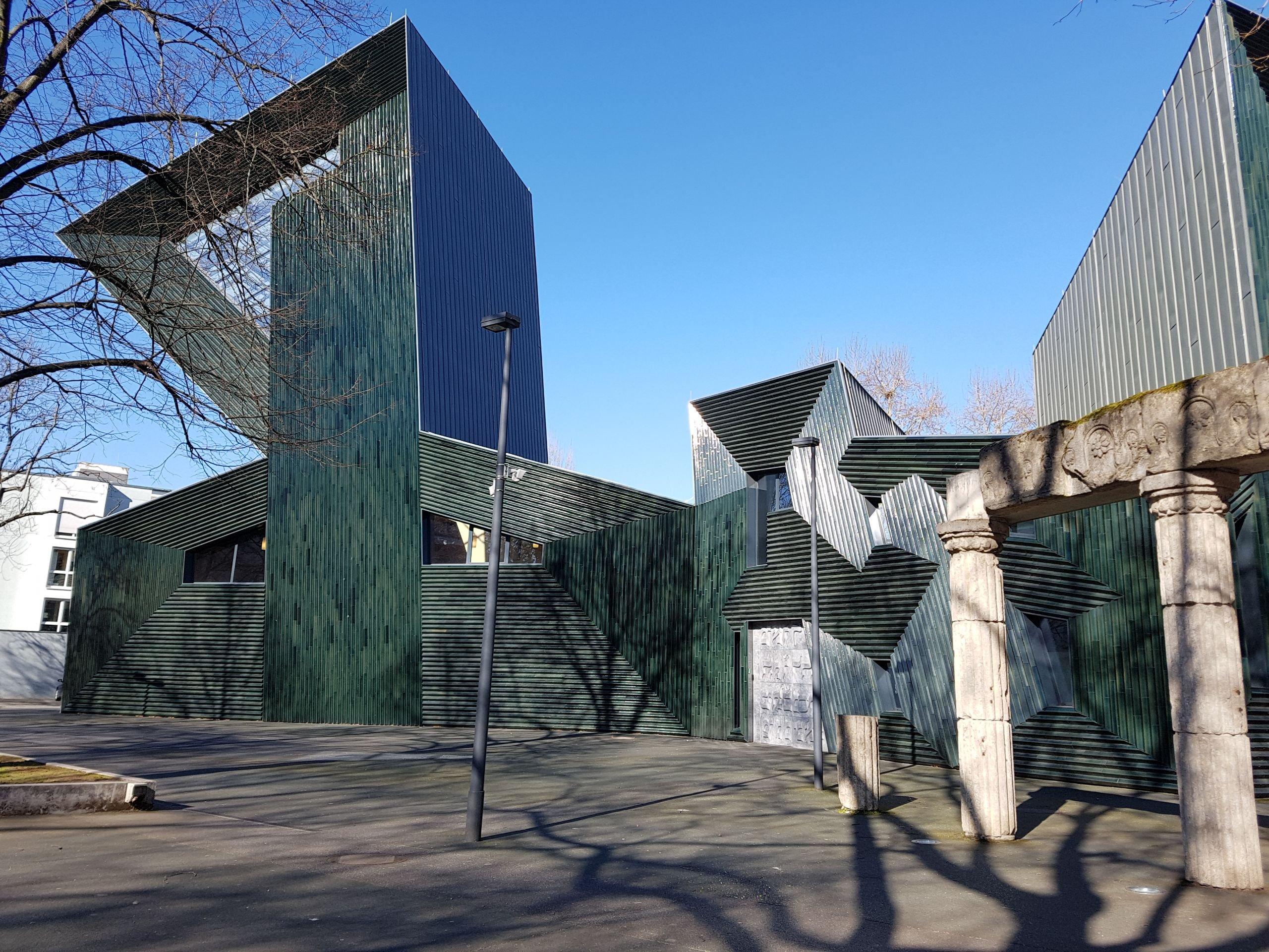 neue Synagoge 6 bild aussen